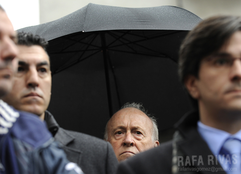Former president of ruling Basque Nationalist Party (PNV) Xabier Arzalluz (C) attends a demonstration against Ignacio Uria's murder in the northern Spanish Basque village of Azpeitia on December 4, 2008. Suspected ETA separatists shot dead on December 3, 2008 businessman Ignacio Uria Mendizabal, 71, head of the company Altuna y Uria, involved in the construction of a high-speed railway in the region -- a project opposed by ETA. Rafa Rivas