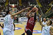 DESCRIZIONE : Avellino Lega A 2015-16 Sidigas Avellino EA7 Emporio Armani Milano<br /> GIOCATORE : Alessandro Gentile<br /> CATEGORIA : penetrazione tiro<br /> SQUADRA : EA7 Emporio Armani Milano<br /> EVENTO : Campionato Lega A 2015-2016<br /> GARA : Sidigas Avellino EA7 Emporio Armani Milano<br /> DATA : 19/10/2015<br /> SPORT : Pallacanestro <br /> AUTORE : Agenzia Ciamillo-Castoria/GiulioCiamillo<br /> Galleria : Lega Basket A 2015-2016<br /> Fotonotizia : Roma Lega A 2015-16 Sidigas Avellino EA7 Emporio Armani Milano