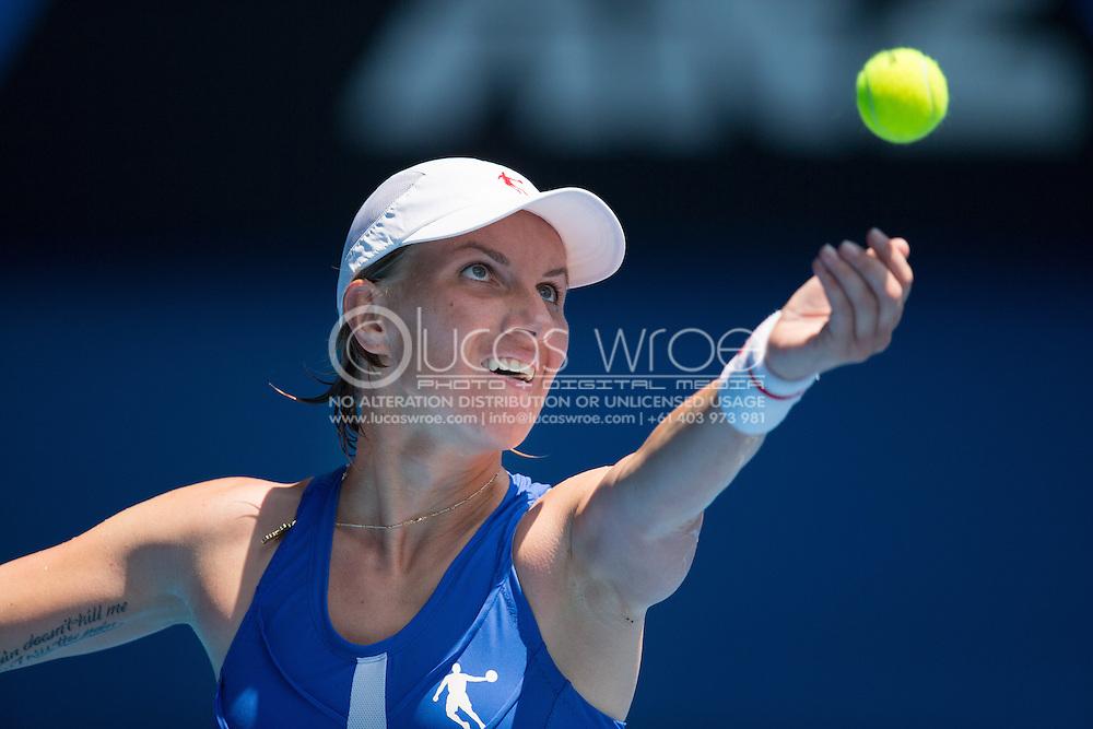 Svetlana Kuznetsova (RUS). Day 8. Round 4. Melbourne Olympic Park, Melbourne, Victoria, Australia. 21/01/2013. Photo By Lucas Wroe