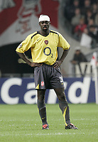 Kolo Toure.<br />Photo: Barry Bland.<br />Ajax v Arsenal. UEFA Champions League.<br />27/09/2005.