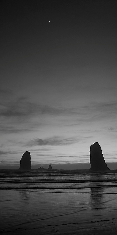 The Needles-B&amp;W. Cannon Beach, Oregon - 4/21/12<br />