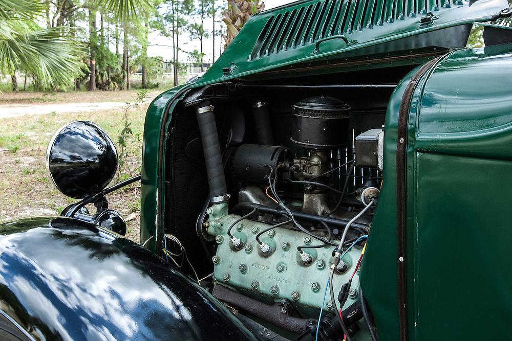 1930 FORD V8 PICKUP TRUCK