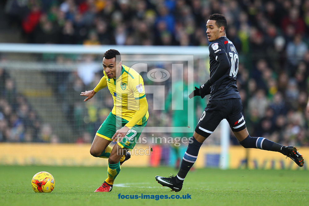 Jacob Murphy of Norwich and Thomas Ince of Derby County in action during the Sky Bet Championship match at Carrow Road, Norwich<br /> Picture by Paul Chesterton/Focus Images Ltd +44 7904 640267<br /> 02/01/2017