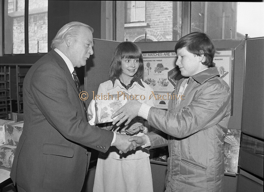 1980-03-07.7th March 1980.07/03/1980.03-07-80..Photographed at Maguire & Paterson, Dublin..Gabriel matches the best:..From Left:..Alan Buttanshaw, Managing Director of Maguire & Paterson..Ruth Buchanan, presenter of RTE's Poparama..Gabriel Howey (14), Rathmooney, Lusk, Co Dublin, winner of third prize (£25).