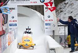 14.02.2016, Olympiaeisbahn Igls, Innsbruck, AUT, FIBT WM, Bob und Skeleton, Zweierbob Herren, 4. Lauf, im Bild v.l. Beat Hefti und Alex Baumann (SUI, Bronzemedaille) // f.l.: Bronze medalists Beat Hefti and Alex Baumann of Switzerland celebrate after their two men Bobsleigh 4th run of FIBT Bobsleigh and Skeleton World Championships at the Olympiaeisbahn Igls in Innsbruck, Austria on 2016/02/14. EXPA Pictures © 2016, PhotoCredit: EXPA/ Johann Groder