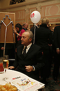 GEORGE GALLOWAY. Oldie magazine's Oldie of the Year Awards 2006. Simpson's. the Strand. London.21 March 2006.  ONE TIME USE ONLY - DO NOT ARCHIVE  © Copyright Photograph by Dafydd Jones 66 Stockwell Park Rd. London SW9 0DA Tel 020 7733 0108 www.dafjones.com