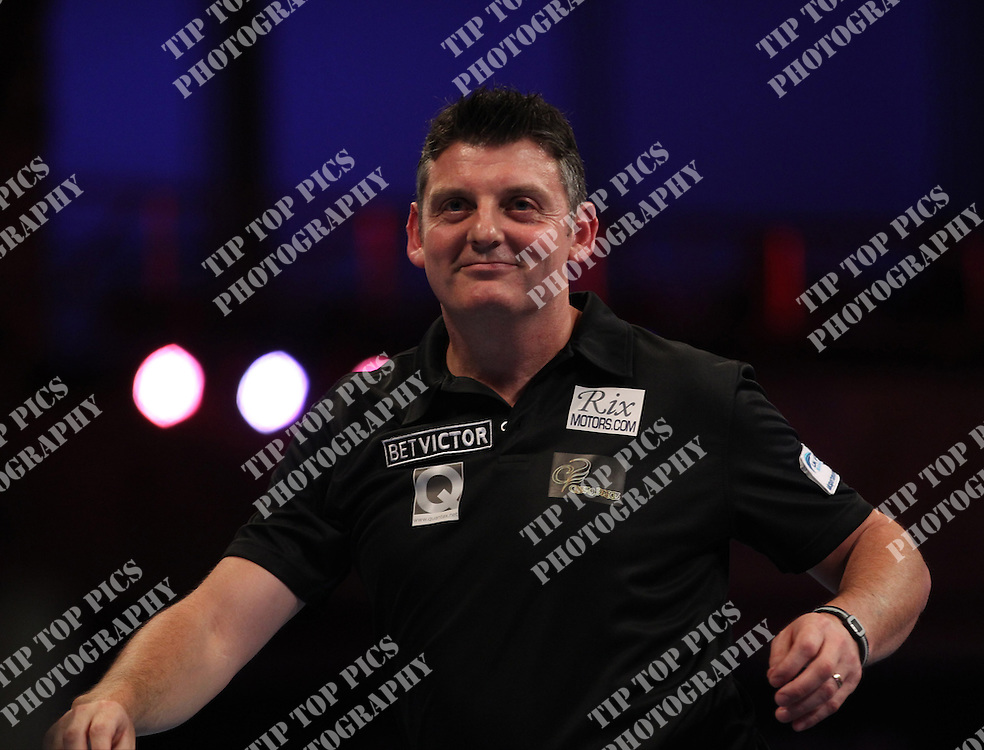 PDC WORLD MATCHPLAY 2014,JUSTIN PIPE,<br /> PIC CHRIS SARGEANT,<br /> TIPTOPPICS