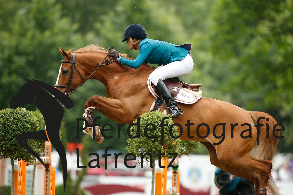 Diniz, Luciana, Fit for Fun<br /> Wiesbaden - Pfingstturnier 2015<br /> Grosser Preis von Wiesbaden Riders Tour Etappe<br /> © www.sportfotos-lafrentz.de/Stefan Lafrentz