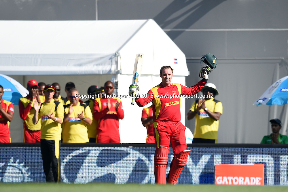Zimbabwe captain Brendan Taylor acknowledges the crowd cheers after a magnificient innings of 138 in his last game for Zimbabwe during the ICC Cricket World Cup match between India and Zimbabwe at Eden Park in Auckland, New Zealand. Saturday 14 March 2015. Copyright Photo: Raghavan Venugopal / www.photosport.co.nz