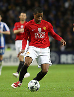 20090415: PORTO, PORTUGAL - FC Porto vs Manchester United: Champions League 2008/2009 – Quarter Finals – 2nd leg. In picture: Evra . PHOTO: Manuel Azevedo/CITYFILES