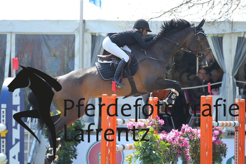 Karlsson, Mathilda (SWE) Ad Quantina<br /> Redefin - Pferdefestival 2016<br /> © www.sportfotos-lafrentz.de
