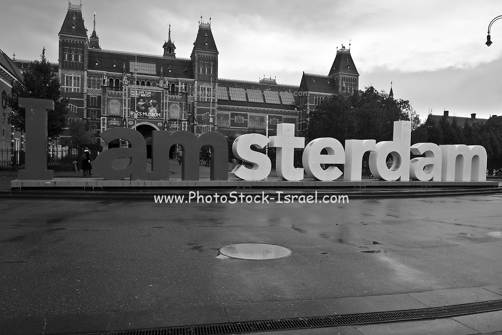 I Amsterdam sign in black and white