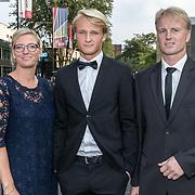 NLD/Hilversum//20170821 - Voetbalgala 2017, Kasper Dolberg met zijn ouders