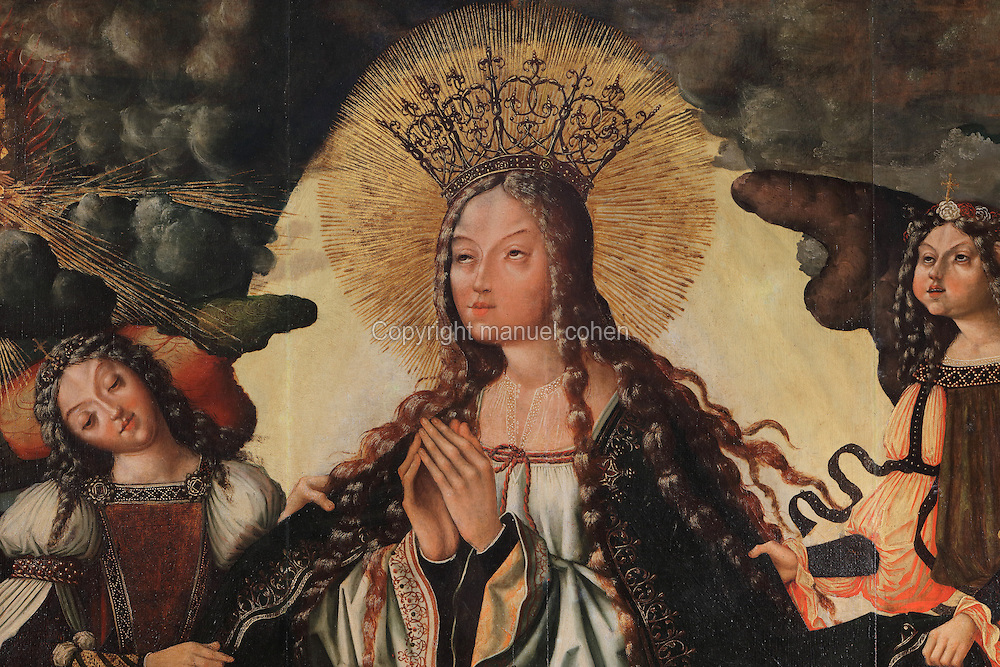 The Assumption of the Virgin, detail, painting, 16th century, by the workshop of Vicente Gil and his son Manuel Vicente known as the Masters of Sardoal, in the Museu Nacional de Machado de Castro, Coimbra, Portugal. The painting was part of an altarpiece given to the Convento de Santa Clara by Queen Leonor, and it bears her ex libris and coat of arms. The museum was opened in 1913 and renovated 2004-2012. The city of Coimbra dates back to Roman times and was the capital of Portugal from 1131 to 1255. Its historic buildings are listed as a UNESCO World Heritage Site. Picture by Manuel Cohen