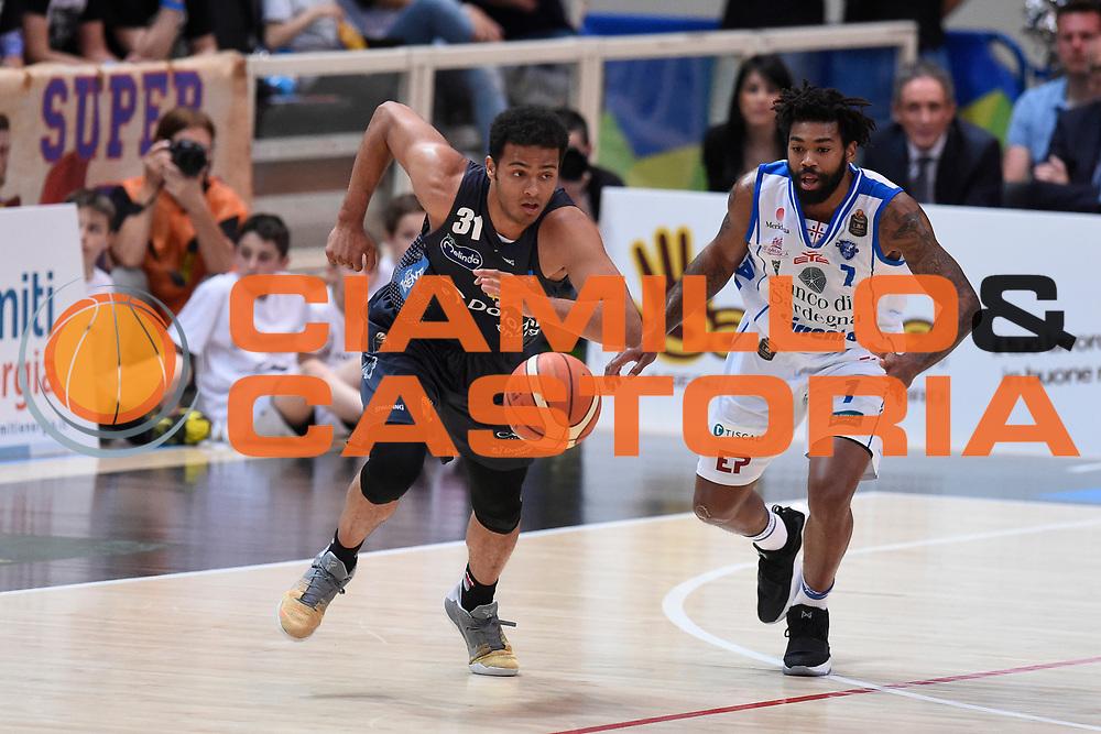 Shields Shavon, Lacey Trevor<br /> Quarti di Finale Gara 2<br /> Legabasket A 2016,2017<br /> Trento 14,05,2017<br /> Foto Ciamillo-Castoria,GiulioCiamillo