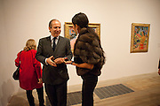 Simon de Pury; Goga Ashkenazi; , Gauguin, Tate Modern. London. 28 September 2010. -DO NOT ARCHIVE-© Copyright Photograph by Dafydd Jones. 248 Clapham Rd. London SW9 0PZ. Tel 0207 820 0771. www.dafjones.com.