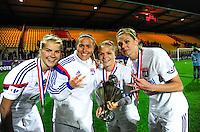 Joie Lyon - Ada HEGERBERG / Camille ABILY / Eugenie LE SOMMER / Corine PETIT - 18.04.2015 - Montpellier / Lyon - Finale Coupe de France -Calais<br />Photo : Dave Winter / Icon Sport