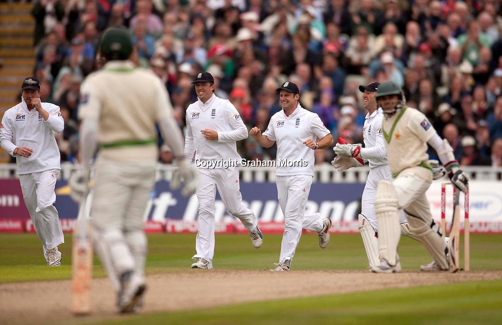 Celebrations as Azhar Ali is lbw during the second npower Test Match between England and Pakistan at Edgbaston, Birmingham.  Photo: Graham Morris (Tel: +44(0)20 8969 4192 Email: sales@cricketpix.com) 06/08/10