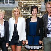 NLD/Leeuwarden/20110627 - Perspresentatie Moordvrouw, Renee Soutendijk, Wendy van Dijk, Chava Voor in 't Holt en Thijs Romer