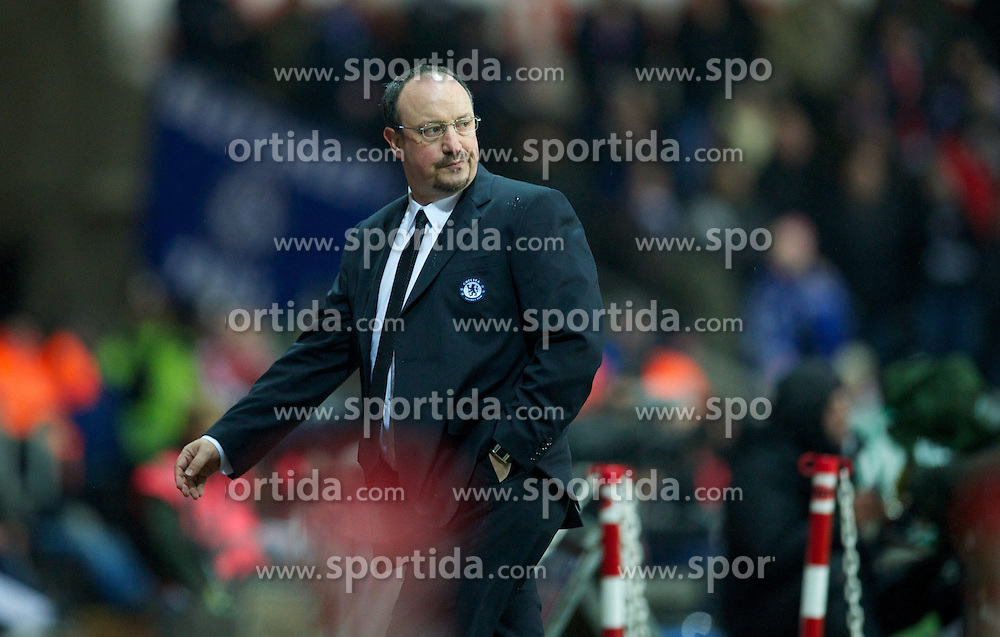 23.01.2013, Liberty Stadion, Swansea, ENG, League Cup, Swansea City vs FC Chelsea, Halbfinale, im Bild Chelsea's manager Rafael Benitez during the Football League Cup Semi Final 2nd Leg match between Swansea City AFC and Chelsea FC at the Liberty Stadium, Swansea, Great Britain on 2013/01/23. EXPA Pictures © 2013, PhotoCredit: EXPA/ Propagandaphoto/ David Rawcliffe..***** ATTENTION - OUT OF ENG, GBR, UK *****