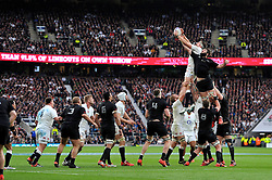Tom Wood of England and Sam Whitelock of New Zealand compete for the ball at a lineout - Photo mandatory by-line: Patrick Khachfe/JMP - Mobile: 07966 386802 08/11/2014 - SPORT - RUGBY UNION - London - Twickenham Stadium - England v New Zealand - 2014 QBE Internationals