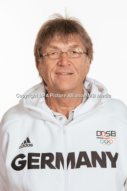 Dr.Wolfgang Dillmann poses at a photocall during the preparations for the Olympic Games in Rio at the Emmich Cambrai Barracks in Hanover, Germany, taken on 15/07/16 | usage worldwide