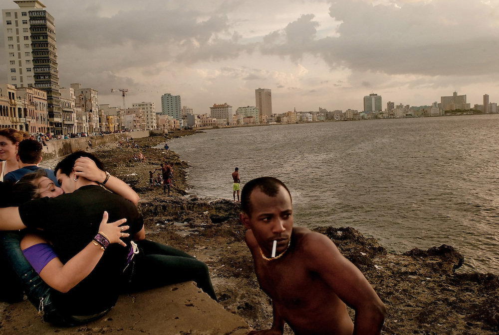 El Malecon, Havana, Cuba. July 28, 2011. Photo/Tomas Munita
