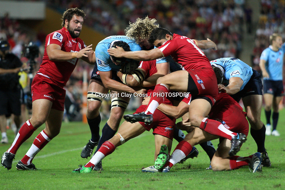 Queensland Reds v NSW Waratahs. Investec Super Rugby Round 10 Match, 24 April 2011. Suncorp Stadium, Brisbane, Australia. Reds won 19-15. Photo: Clay Cross / photosport.co.nz