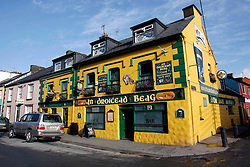IRELAND KERRY DINGLE 6NOV05 - Exterior of a brighly coloured pub in Dingle Town on the same named Peninsula, Irelands most westerly county...jre/Photo by Jiri Rezac..© Jiri Rezac 2005..Contact: +44 (0) 7050 110 417.Mobile: +44 (0) 7801 337 683.Office: +44 (0) 20 8968 9635..Email: jiri@jirirezac.com.Web: www.jirirezac.com..© All images Jiri Rezac 2005 - All rights reserved.