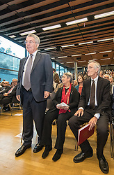 "12.10.2016, Universität, Innsbruck, AUT, Alt Bundespräsident Fischer an der Universität Innsbruck, EXPA/, im Bild v.l. Österreichs Ex-Bundespräsident Heinz Fischer, Ehefrau Margit Fischer, Univ.-Prof. Dr. Dr. h.c. mult. Tilmann Märk (Rektor Universität Innsbruck) // Austria's former Federal President Heinz Fischer at his lecture on ""The History and Democracy Development of the Second Republic"" at the Universität in Innsbruck, Austria on 2016/10/12. EXPA Pictures © 2016, PhotoCredit: EXPA/ Johann Groder"