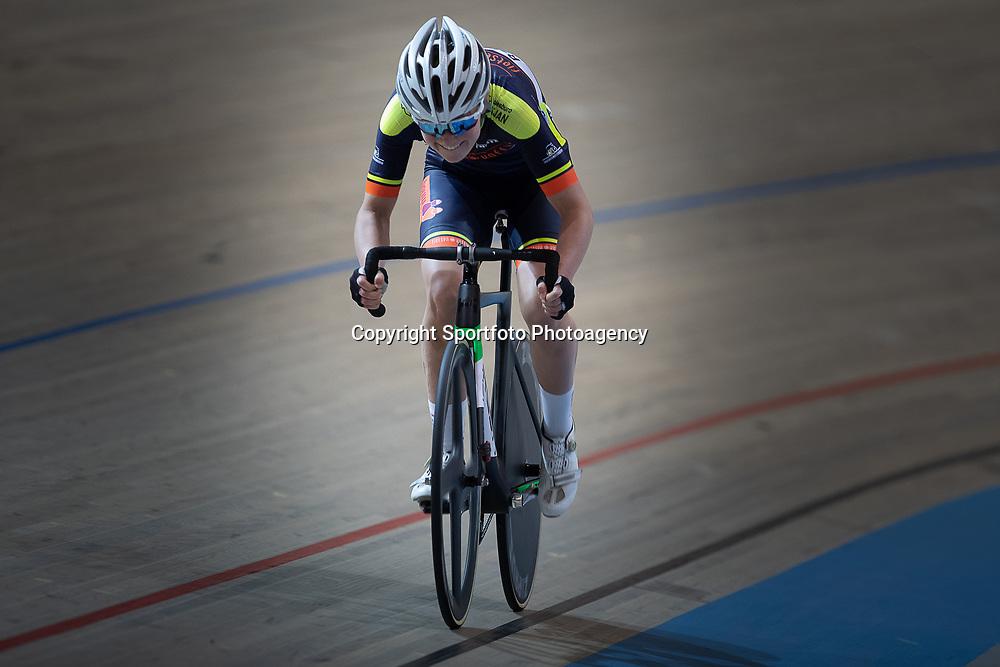 27-12-2018: Wielrennen: NK Baan: Apeldoorn <br />NK 500 meter Maike van der Duin