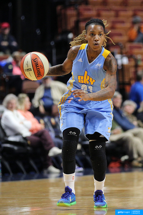 UNCASVILLE, CONNECTICUT- MAY 05:  Jamierra Faulkner #21 of the Chicago Sky in action during the Atlanta Dream Vs Chicago Sky preseason WNBA game at Mohegan Sun Arena on May 05, 2016 in Uncasville. (Photo by Tim Clayton/Corbis via Getty Images)