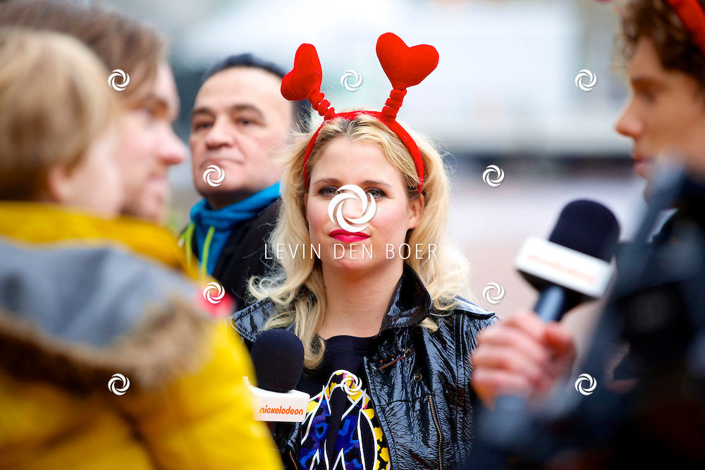 AMSTERDAM - In Pathé ArenA is de film 'Het Regent Gehaktballen 2' in premiere gegaan.  Met op de foto Iris Hesseling. FOTO LEVIN DEN BOER - PERSFOTO.NU