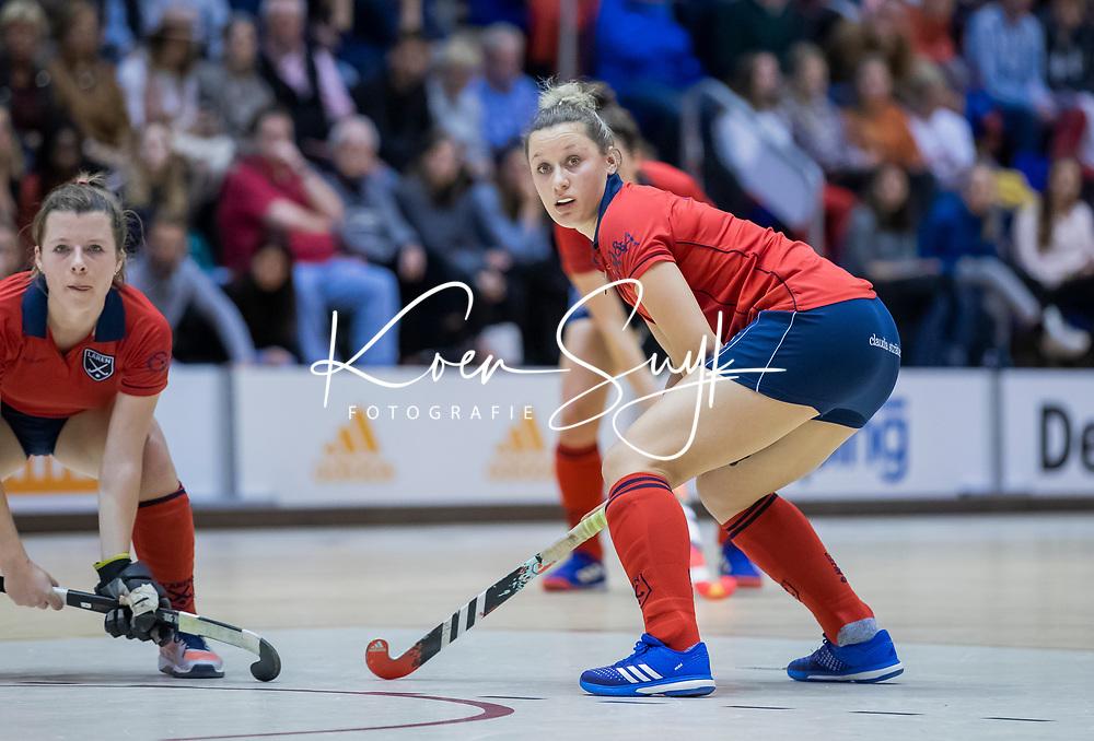 ROTTERDAM  - NK Zaalhockey . finale dames hoofdklasse: hdm-Laren 2-1. hdm landskampioen. Lieke van Wijk (Lar) .  COPYRIGHT KOEN SUYK