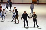 Mannheim. 03.11.17 | Eisdisco in der Eishalle.<br /> Neckarstadt. Leistungszentrum Eissport.<br /> Eisdisco in der Eislaufhalle.<br /> Zu Black, House 80er, 90er und aktuellen Charts über die Eisfläche tanzen, die neuesten Sprünge zeigen oder einfach Freunde treffen und mit ihnen Runden zu tollen Lichteffekten drehen.<br /> <br /> <br /> BILD- ID 22235 |<br /> Bild: Markus Prosswitz 03NOV17 / masterpress (Bild ist honorarpflichtig - No Model Release!)