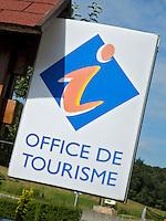 08430 Villers-Le-Tilleul - Office de Tourisme. Bezienswaardigheden bij Golf des Ardennes. COPYRIGHT KOEN SUYK