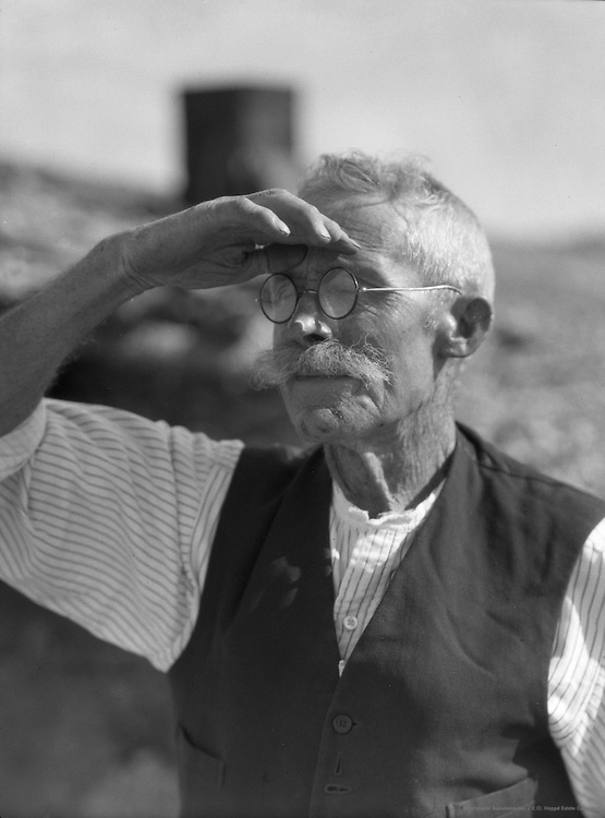Old Prospector, Coober Pedy Opal Fields, South Australia, 1930