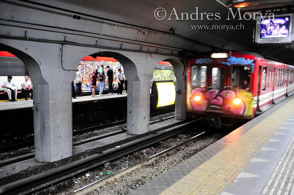 Subway or Metro, Buenos Aires, Argentina Image by Andres Morya