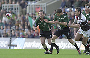 Sport - Rugby 27/04/2002 Parker Pen Shield - Semi-Final.London Irish vs Pontypridd - Kassam Stadium - Oxford.Hentie Martens lefte and Barry Everitt have their eyes' on the ball..[Mandatory Credit, Peter Spurier/ Intersport Images].