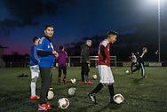 nederland, enschede 3mrt2015 voetbaltraining bij Victoria'28 in Enschede