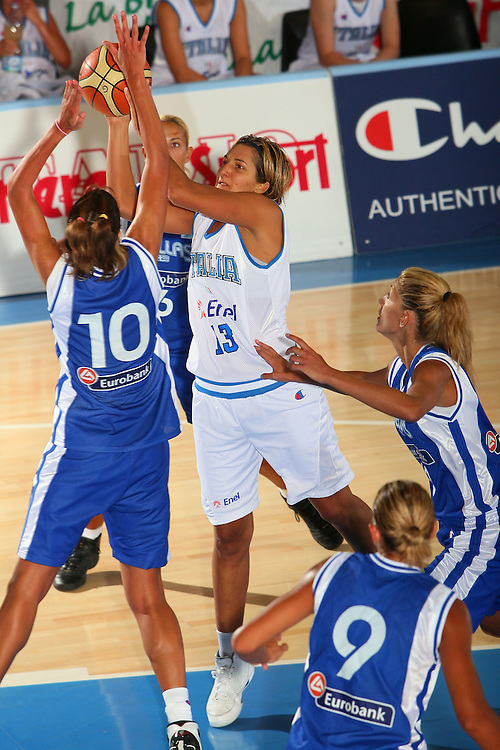 DESCRIZIONE : Bormio Torneo Internazionale Femminile Olga De Marzi Gola Italia Grecia <br /> GIOCATORE : Manuela Zanon <br /> SQUADRA : Nazionale Italia Donne Italy <br /> EVENTO : Torneo Internazionale Femminile Olga De Marzi Gola <br /> GARA : Italia Grecia Italy Greece <br /> DATA : 24/07/2008 <br /> CATEGORIA : Tiro <br /> SPORT : Pallacanestro <br /> AUTORE : Agenzia Ciamillo-Castoria/S.Silvestri <br /> Galleria : Fip Nazionali 2008 <br /> Fotonotizia : Bormio Torneo Internazionale Femminile Olga De Marzi Gola Italia Grecia <br /> Predefinita :