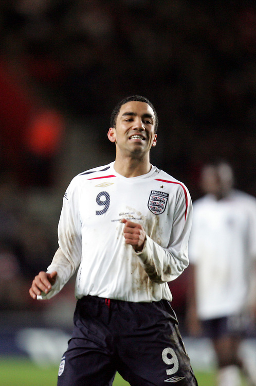 Aaron Lennon reacts after missing a chance to score. England v Republic of Ireland, Uefa Under-21 Championship Qualifier, Tuesday 5th February 2008, St Marys, Southampton.
