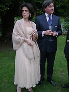 Princess Cristina Pignatelli and Antoine Chenevierre, , Cartier Flower show dinner, Chelsea Physic garden, 24 May 2004. ONE TIME USE ONLY - DO NOT ARCHIVE  © Copyright Photograph by Dafydd Jones 66 Stockwell Park Rd. London SW9 0DA Tel 020 7733 0108 www.dafjones.com