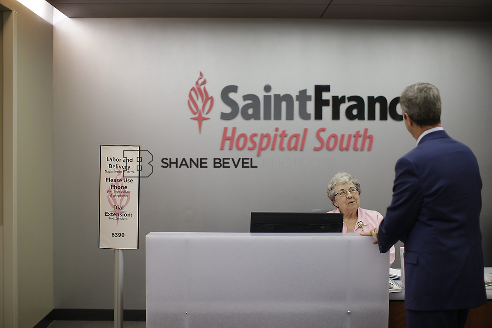8/9/17 1:49:14 PM -- Photos of Saint Francis South employees and David Weil. <br /> <br /> Photo by Shane Bevel