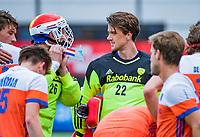 Den Bosch  -  keeper Sam van der Ven (Ned)  met keeper Pirmin Blaak (Ned)    tijdens   de Pro League hockeywedstrijd heren, Nederland-Belgie (4-3).     COPYRIGHT KOEN SUYK