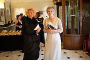 SUSIE HUXLEY; LADY LAVINIA GRIMSHAW, Royal Academy of Arts Annual dinner. Royal Academy. Piccadilly. London. 1 June <br /> <br />  , -DO NOT ARCHIVE-© Copyright Photograph by Dafydd Jones. 248 Clapham Rd. London SW9 0PZ. Tel 0207 820 0771. www.dafjones.com.