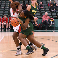 2nd year guard Kyanna Giles (9) of the Regina Cougars during the Women's Basketball home game on January 27 at Centre for Kinesiology, Health and Sport. Credit: Arthur Ward/Arthur Images