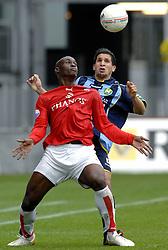 22-10-2006 VOETBAL: UTRECHT - DEN HAAG: UTRECHT<br /> FC Utrecht wint in eigenhuis met 2-0 van FC Den Haag / Marc Antoine Fortune in duel met Said Bakkati<br /> ©2006-WWW.FOTOHOOGENDOORN.NL