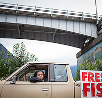 Indian Fishers at Cascade Locks near Portland, Oregon