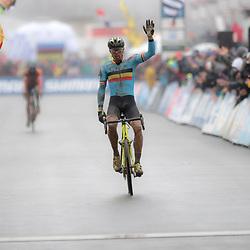 31-01-2016: Wielrennen: WK cyclecross beloften: Heusden Zolder<br />HEUSDEN-ZOLDER (BEL) cyclocross<br />Op het circuit van Terlamen-Zolder streden de veldrijders categorie beloften om de mondiale titels in het veld. Sven Nys in zijn laatste WK